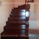 Лестница с поворотными ступенями материал дуб
