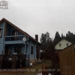 Покраска деревянного дома в голубой цвет