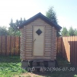 Летний туалет из бревна