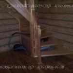 Лестница в деревянном доме заход справа