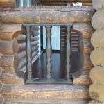 Балясины на террасе (балюстрада) в деревянном доме