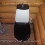 Туалет в деревянном доме